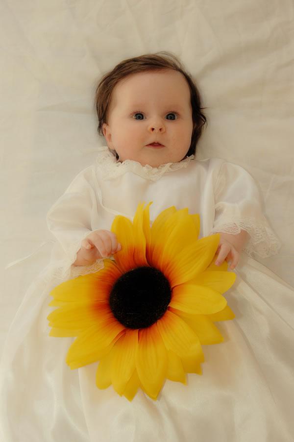 27 30 Beautiful Baby Photos