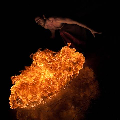 fire 10 27 Breathtaking Examples of Fire Performance Photography