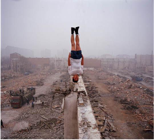 8 Unbelievable and Outstanding Photos of Li Wei