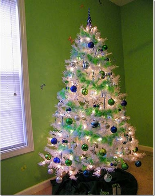 Christmas_Tree_Decorating_Ideas_4