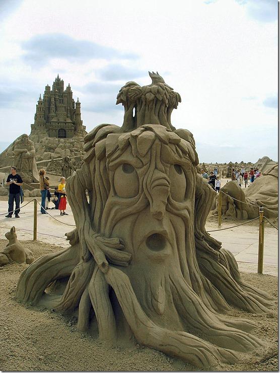 Zandsculpturen-festival-lommel-l