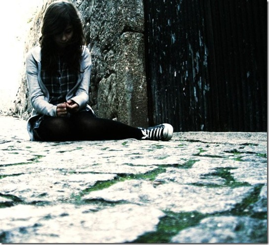 alone-sad-photos-17