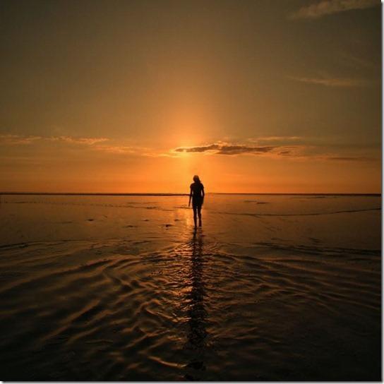 alone-sad-photos-21