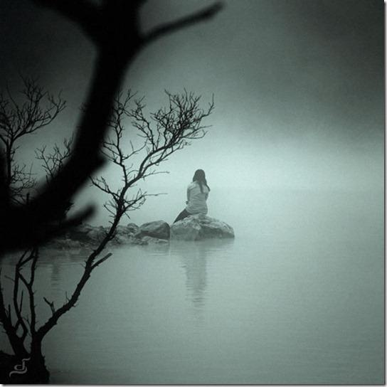 alone-sad-photos-24