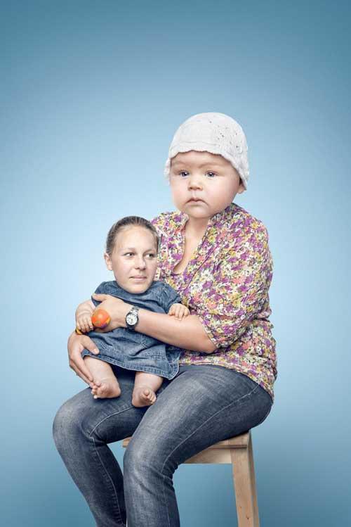 14 Disturbing Head Swaps Made in Photoshop