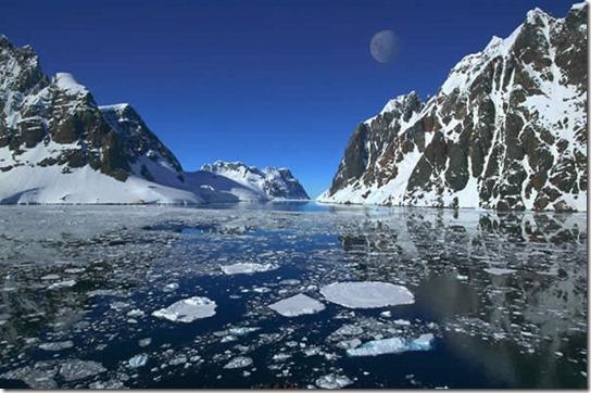 earth-poles-12