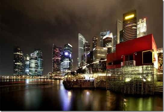 Singapore, the city of lights by Sebastian Kisworo