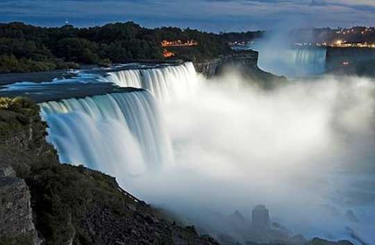 8. Niagara Falls, N.Y.