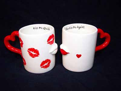 Kissing Couple Mugs-9.1