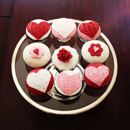 Valentine's Day Cupcakes-17