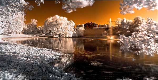 Dresden Zwinger in infrared by Torsten Hufsky