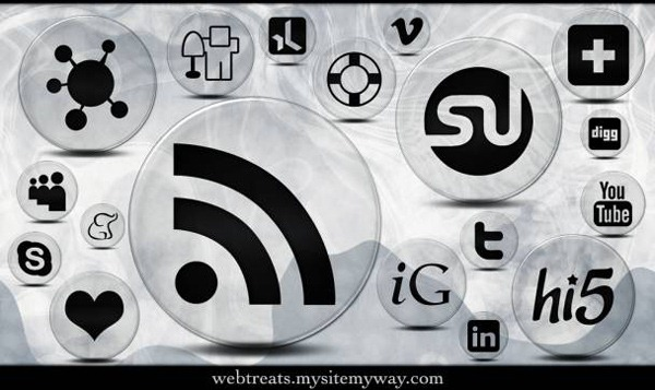 crystal-clear-bubble-social-media-icons