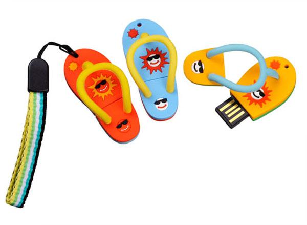 sandal usb 021 40 حافظه فلش عجیب و غریب!