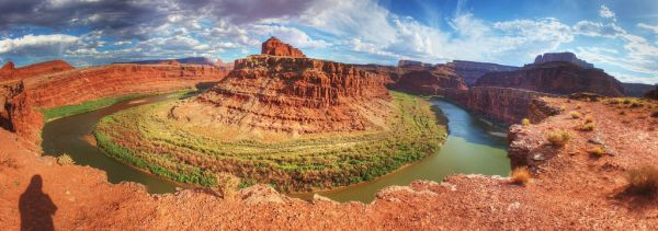 Deadhorse Point - Canyonlands Utah USA by Rich Pick