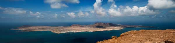 Panoramic of La Graciosa by Singluten