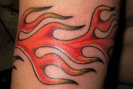 Wavy Armband Tattoo