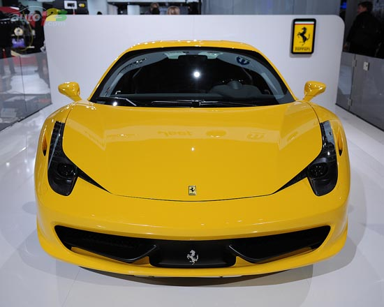 Ferrari - 2011 Detroit Autoshow wallpaper