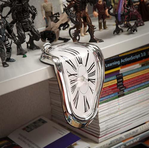 1-Time Warp Shelf Clock