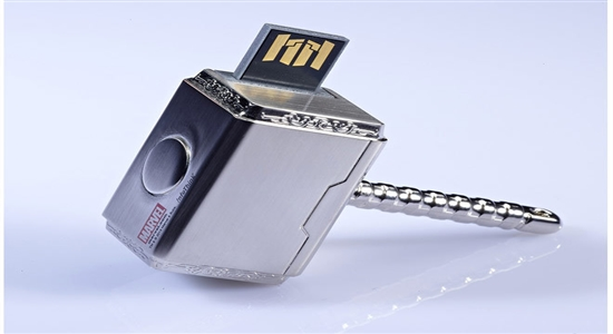 26. THOR 8GB FLASH DRIVE