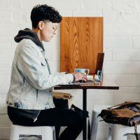 Best Freelance Jobs for Freshman Students 2